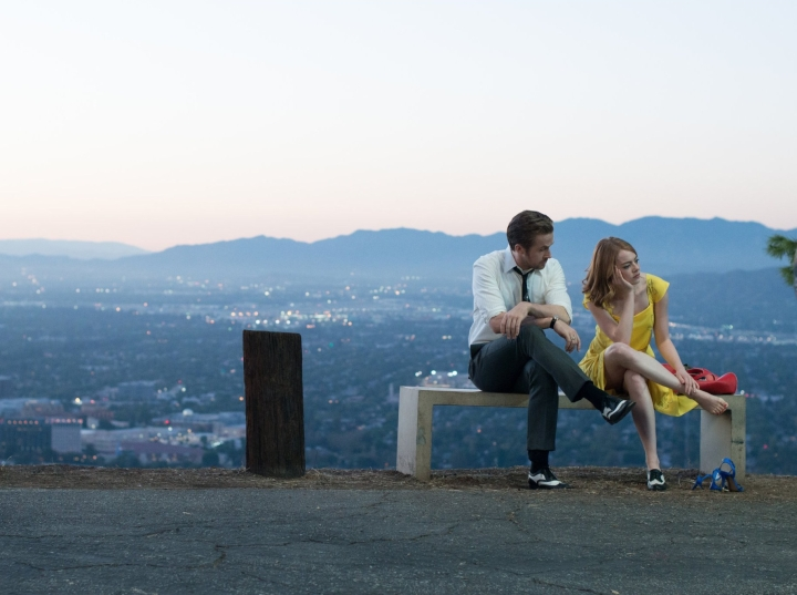 ryan-gosling-la-la-land-stills-32